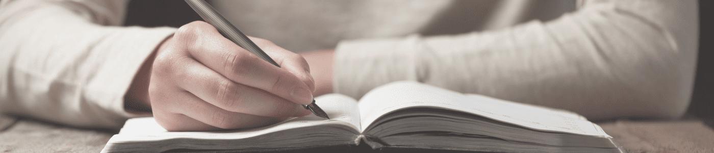 ¿Cómo identificar la agresividad en la escritura?
